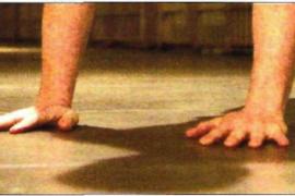 俯卧撑诫条3:使用手掌!